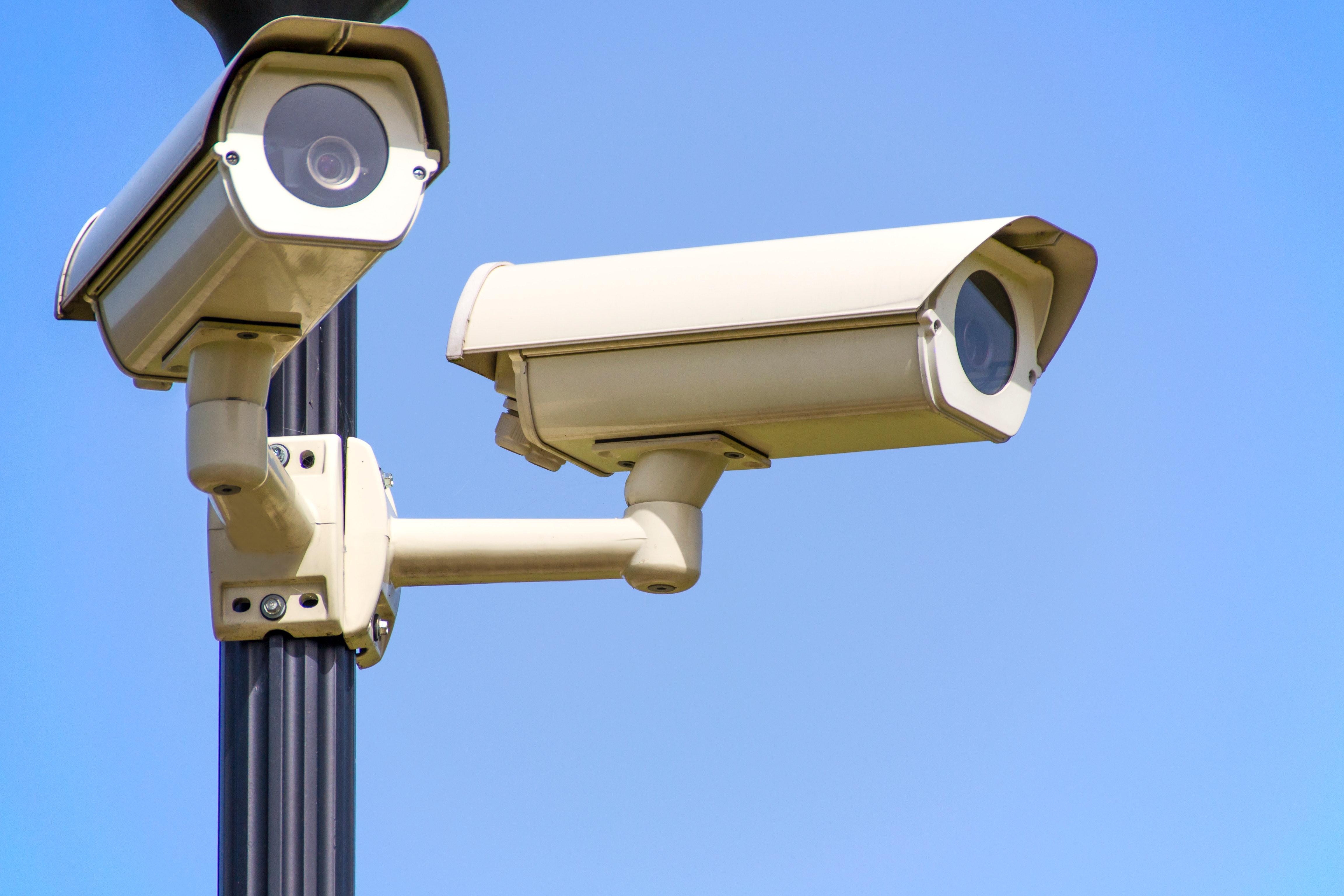 telecamere di sorveglianza, sistemi di sicurezza, cuneo